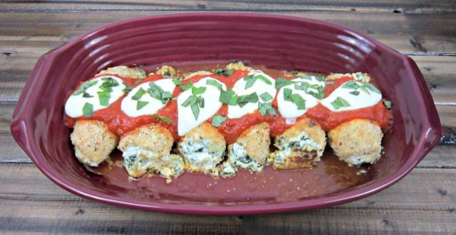Spinach Mozzarella Chicken Roll Ups