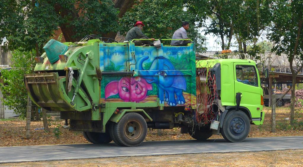 Thaïlande - Ayutthaya - 178 - Camion poubelles