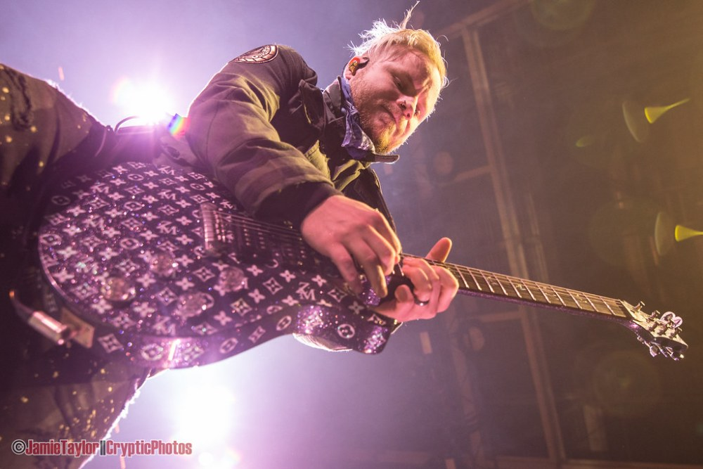 Zach Myers of Shinedown performing at Abbotsford Centre in Abbotford, BC on April 6th 2018