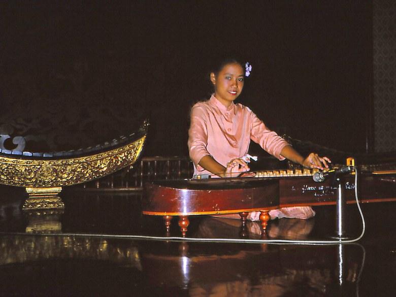 thai dance and music: the jakhae.   thailand. bangkok. jakha…   flickr