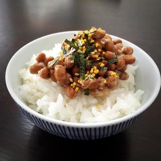 #natto #rice #nattorice #ricebowl #furikake #nori #tamago #egg #sticky #yummy