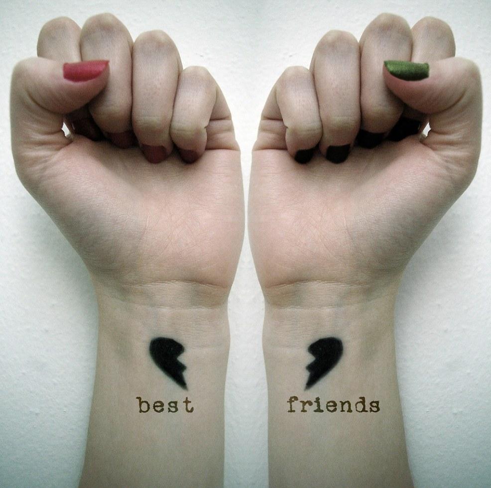 парные маленькие тату для подруг парные тату для двоих влюблённых и