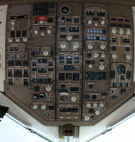 Detailed 757 Cockpit Overhead Panel With Notes Broken