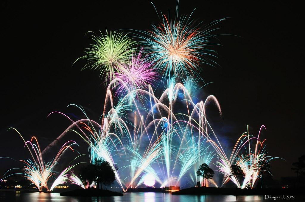 Disney EPCOT Illuminations Reflections Of Earth Fireworks