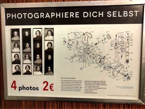 "Fotomaschine im ""C/O Berlin"""