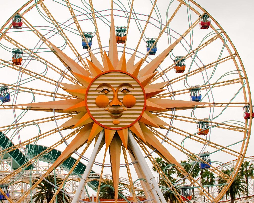Sun Wheel The Ferris Wheel At Disneys California