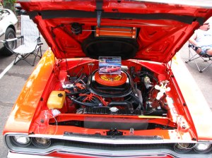 1970 Plymouth Road Runner engine bay | Underside of the Air … | Flickr
