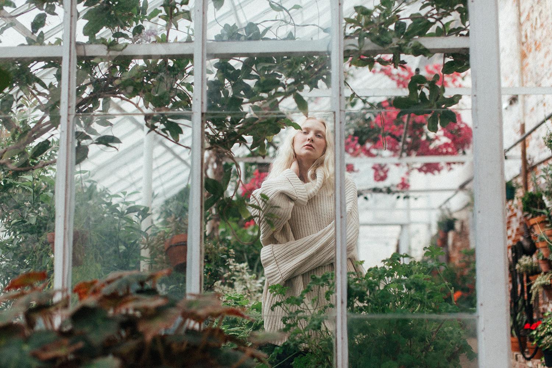 Greenhouse fashion // Zi Nguyen photography