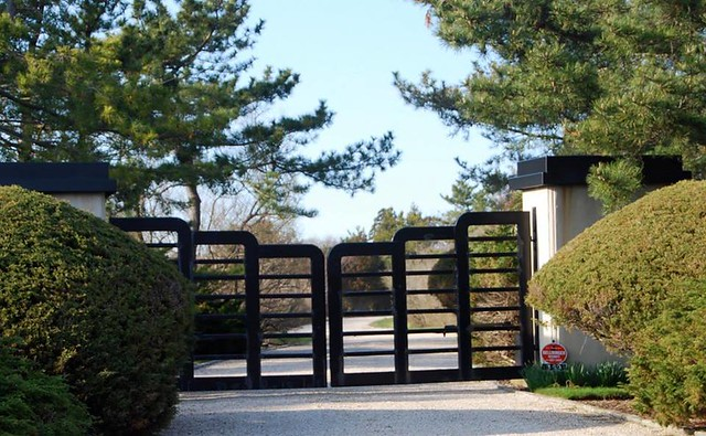 stunning modern gate design ideas 15