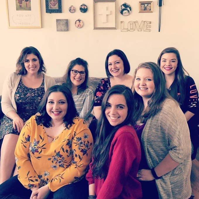 My first Galentine's Day with some of my favorite ladies! Thank you so much for hosting @daniellecturnbull !! #parksandrec #galentines #leslieknope