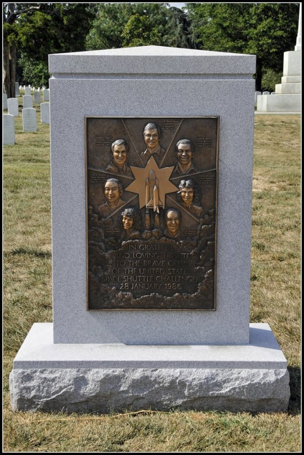 Challenger Memorial and Grave The Space Shuttle
