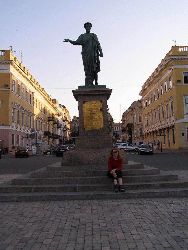 Odessas Duke De Richelieu This Statue At The Entrance