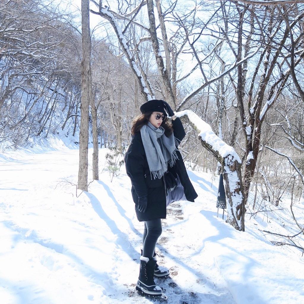 [日本] 輕井澤賞雪穿搭。禦寒必備Acne圍巾+Sorel雪靴 @ Samantha.Lin :: 痞客邦