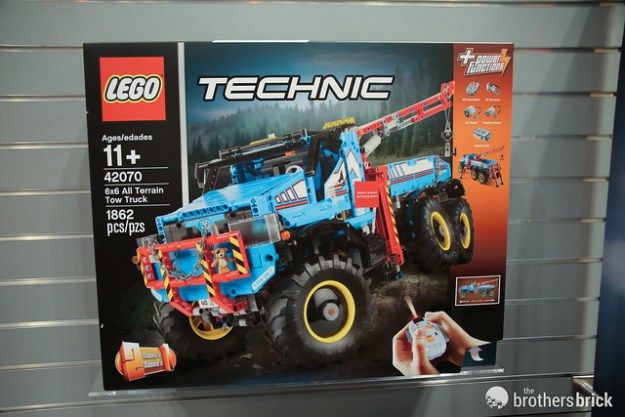 tracked vehicle with Summer 2017 Lego Technic Sets Unveiled Toy Fair New York 2017 News on Wordart Generator Transports Your Text Back 90s moreover Equipment in addition Lego KV 2 574726455 additionally 1793 furthermore Summer 2017 Lego Technic Sets Unveiled Toy Fair New York 2017 News.
