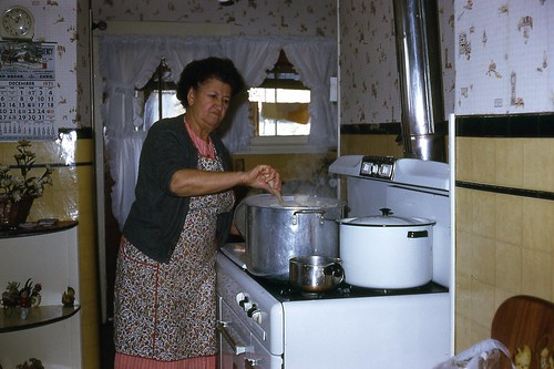 Great Grandma Vesce Cooking Ravioli Christmas 1971 Flickr