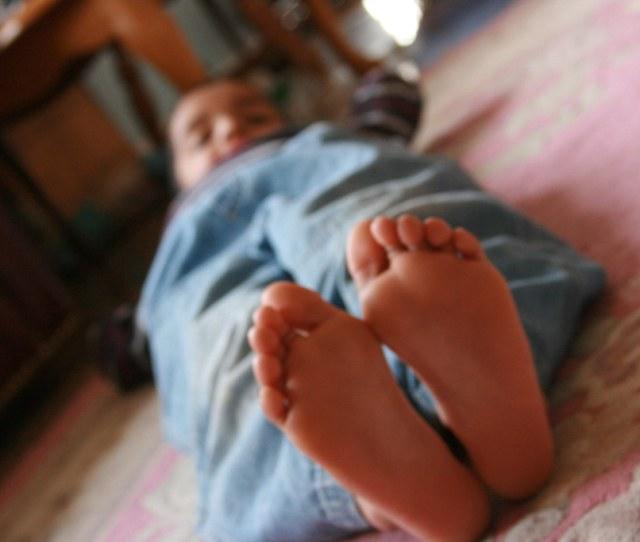 Boy Feet By Amanda_fernandes Boy Feet By Amanda_fernandes