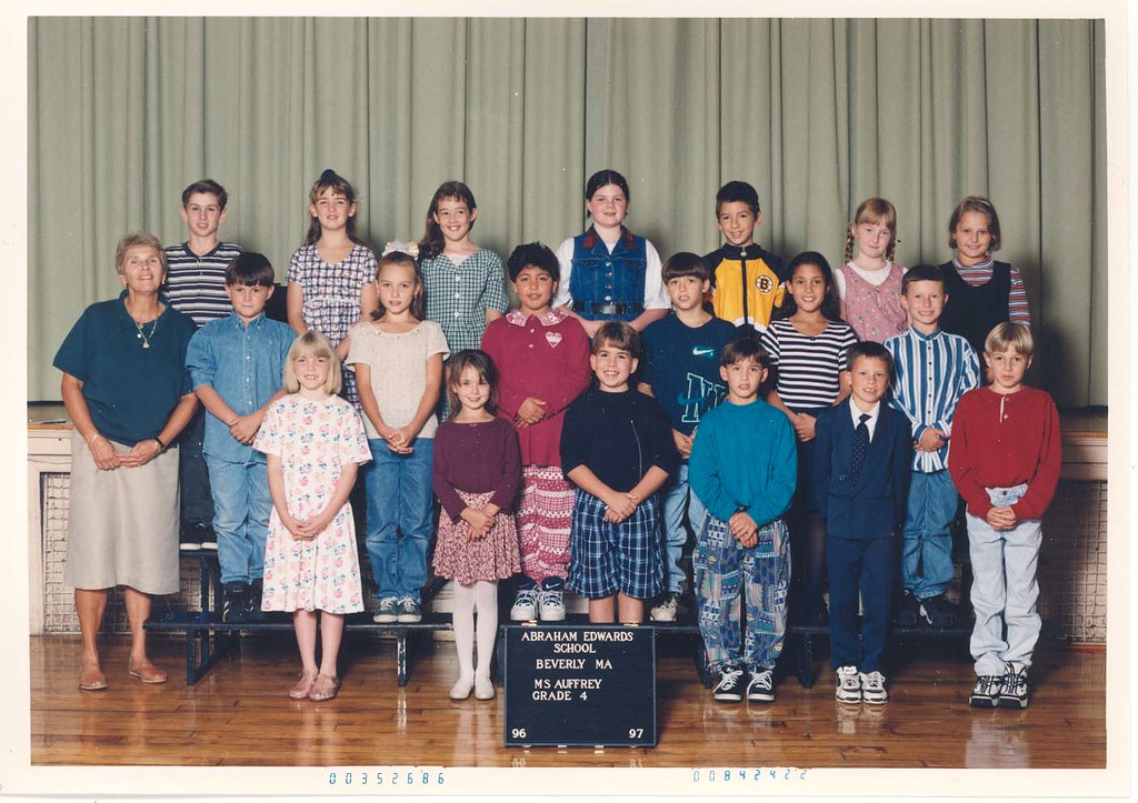 Class Picture From The Abraham Edwards Elementary School