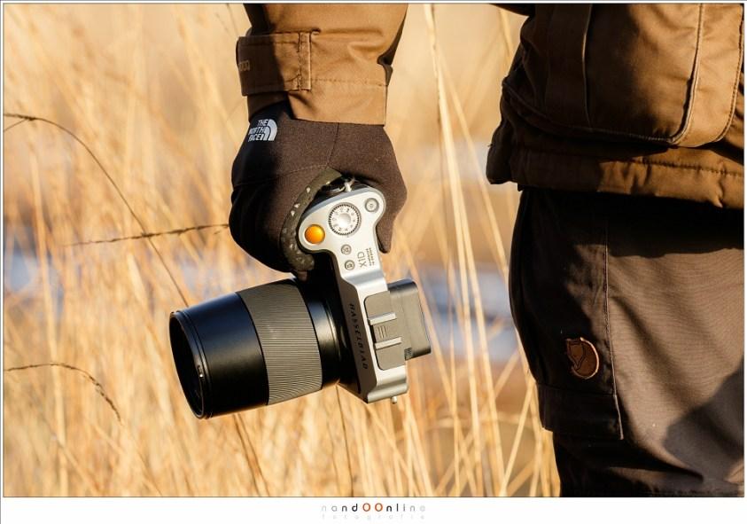 Nog niet eerder heb ik een camera in handen gehad die zo fijn aanvoelt en vasthoudt. Heerlijk (foto: Hetwie)