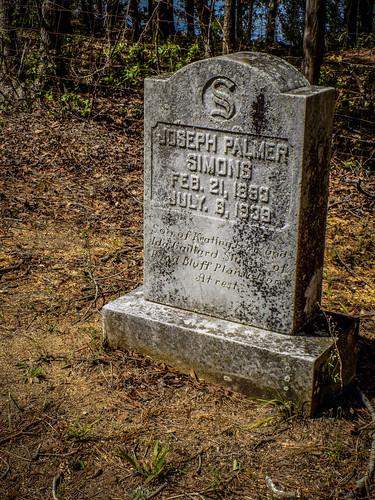 Joseph Simons Grave-002