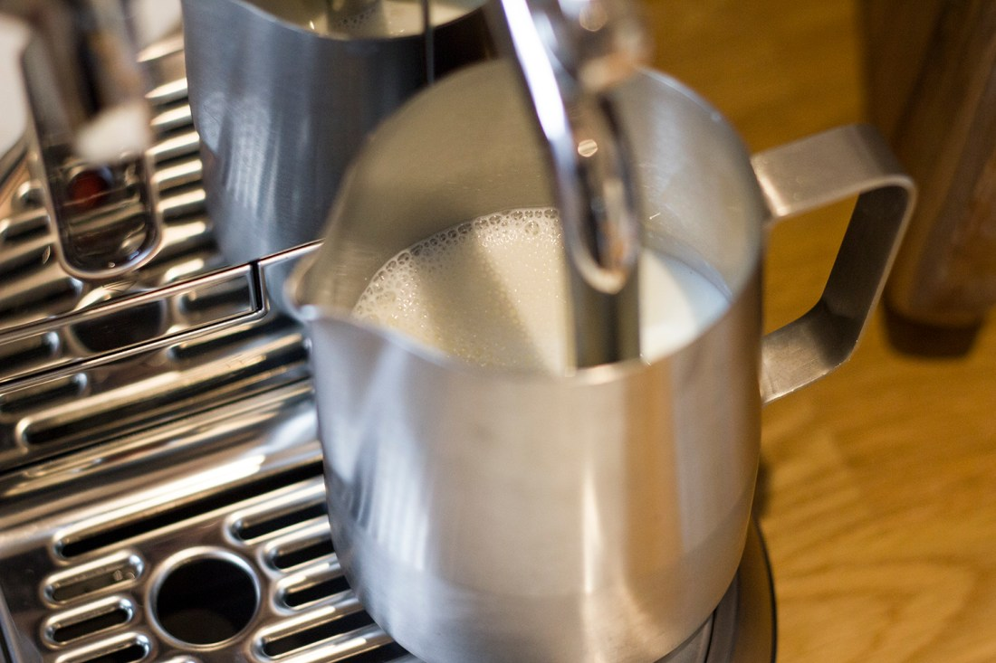 Steaming the Milk - Nespresso Creatista Plus