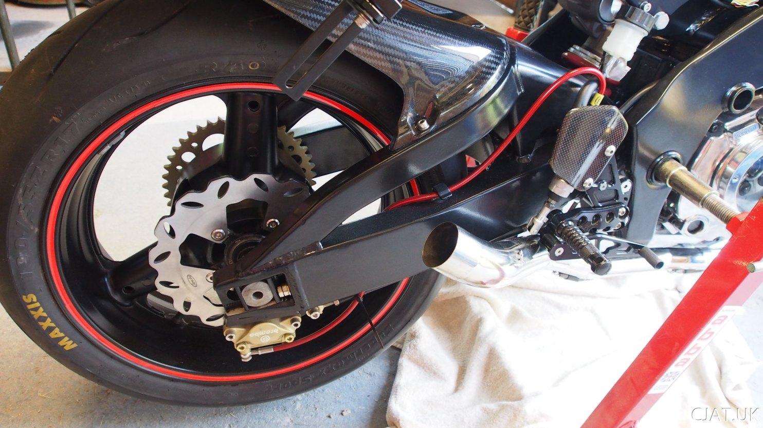 Suzuki RF900 StreetFighter exhaust baffle