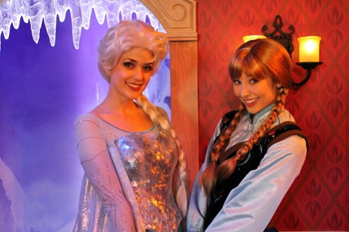 Meeting Anna and Elsa