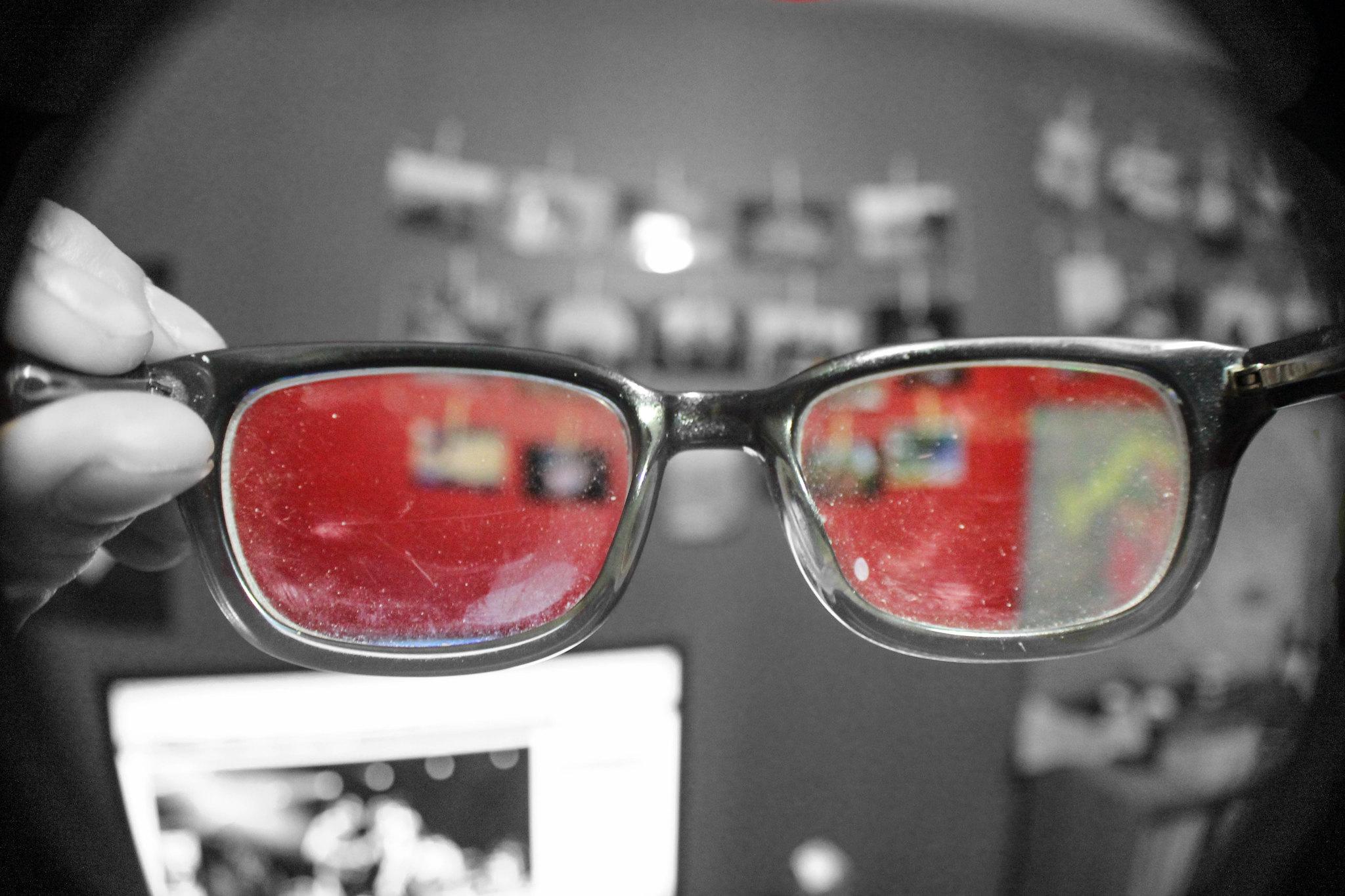 换副眼镜看世界