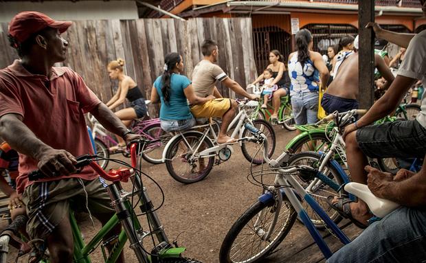 Afuá, no Marajó, a cidade do pedal, ganha destaque na Folha de SP, afua, pedal