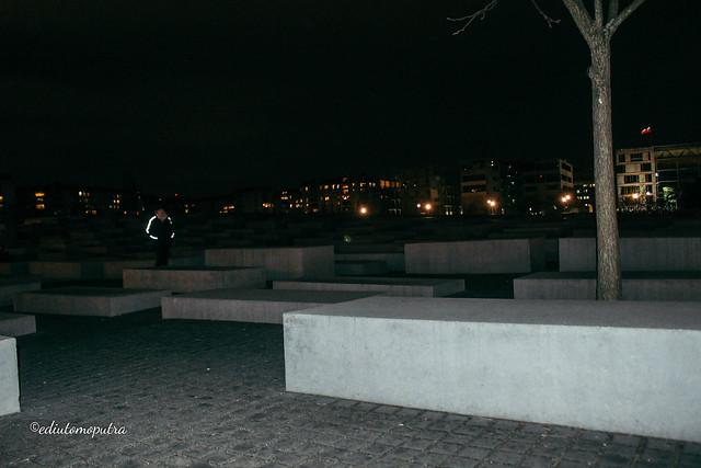 Memorial to the Murdered Jews_.jpg
