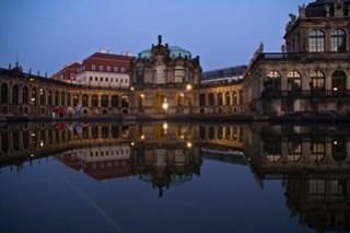 Zwinger mit Taschenbergpalais