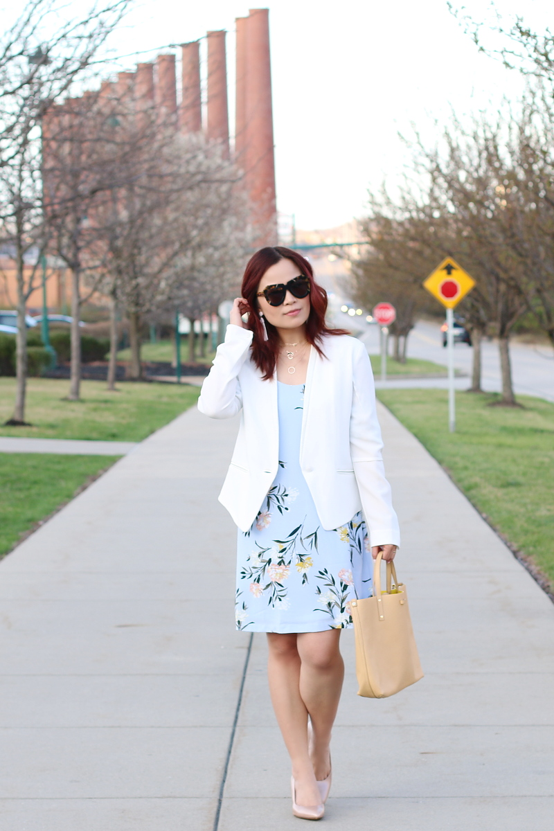 pastel-floral-dress-white-blazer-nude-pumps-4