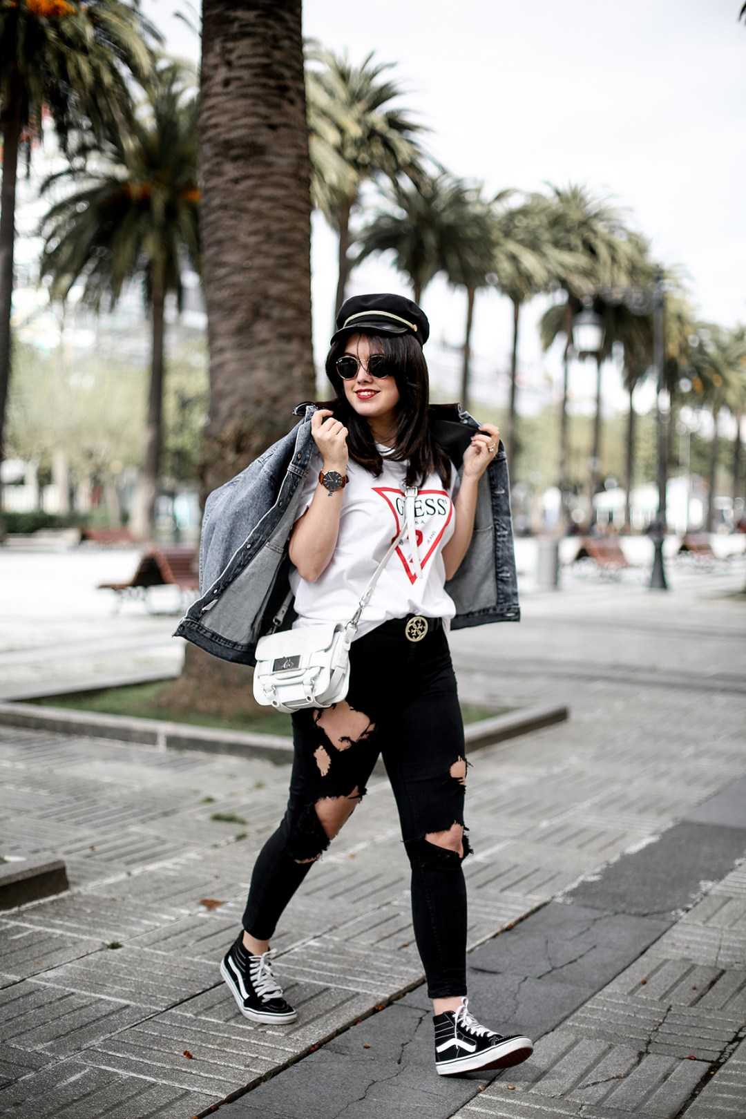 guess-originals-shirt-ripped-jeans-vans-old-skool-myblueberrynightsblog9