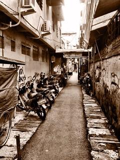 narrow street in jakarta