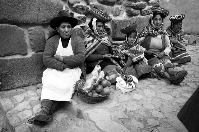 Vendedoras ambulantes en Ollantaytambo.