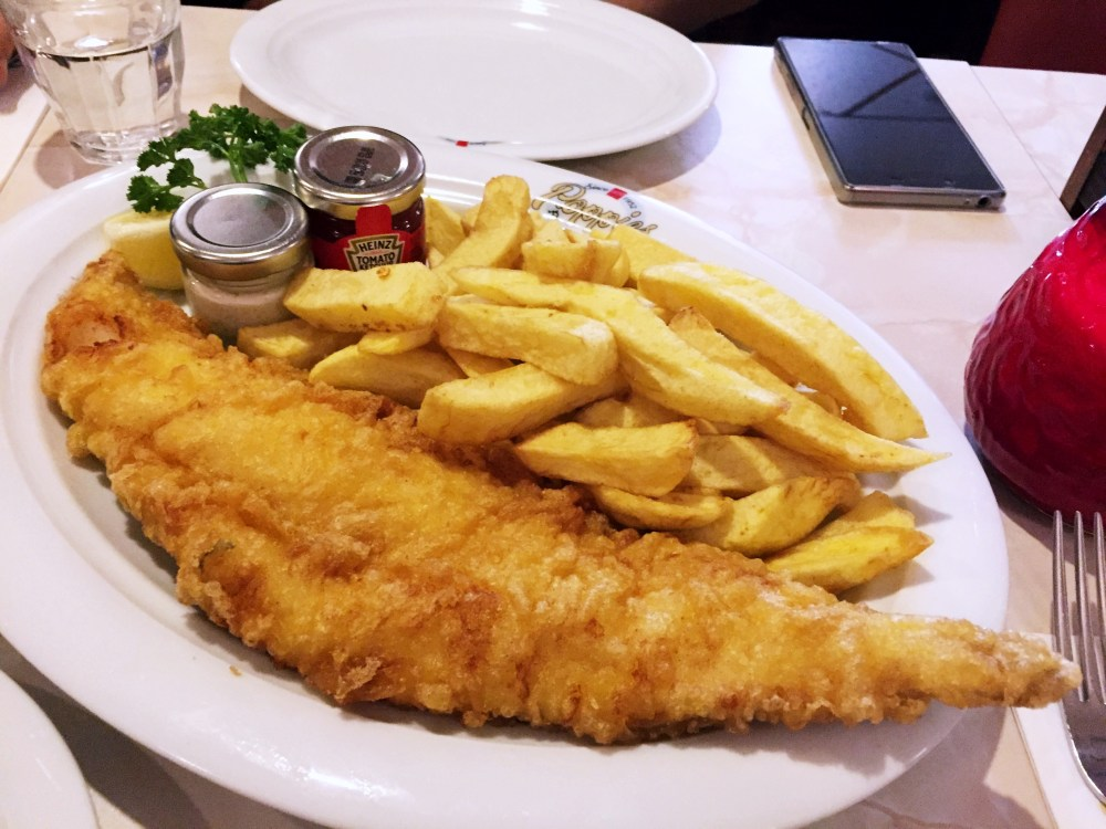 11 Dec 2016: Poppie's Fish and Chips | London, England