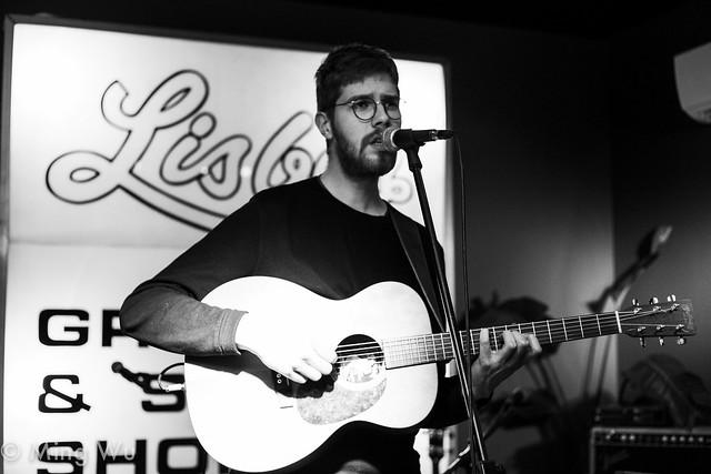 Isaac Vallentin @ Bar Robo