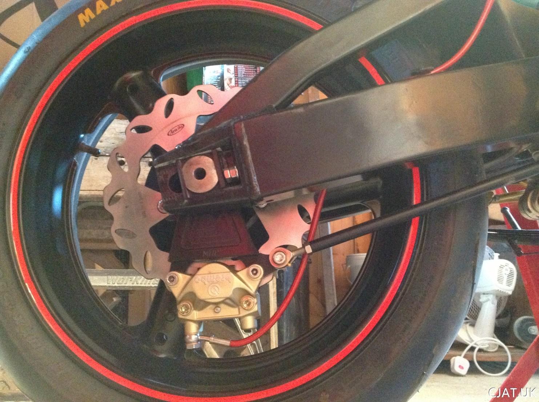 18. RF900 – Brembo Rear Caliper