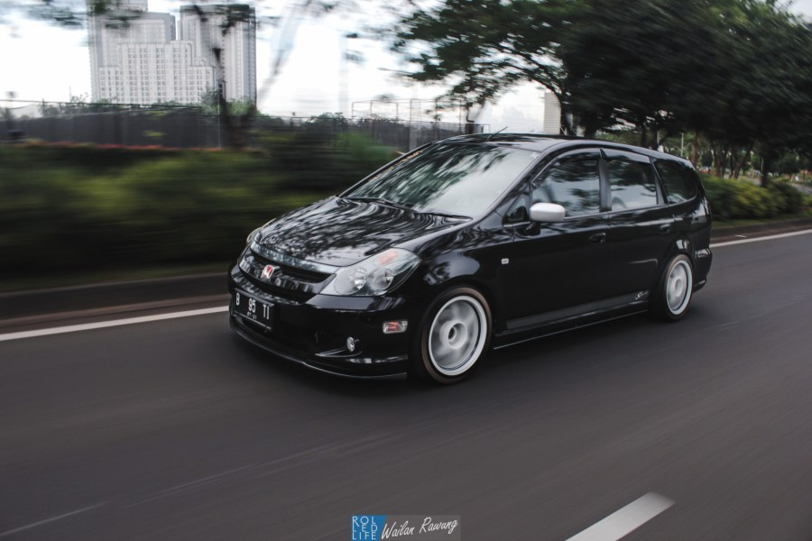 Dhuran Honda Stream JDM-4