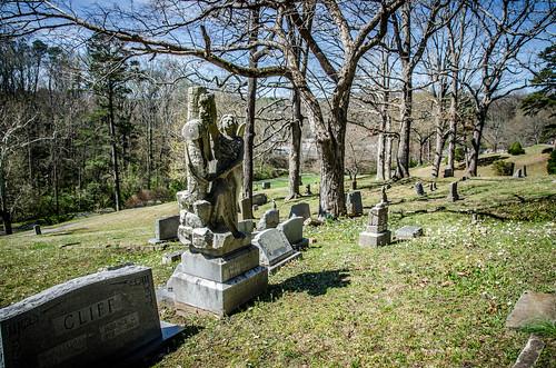 Lucy Ann Cliff Grave-009
