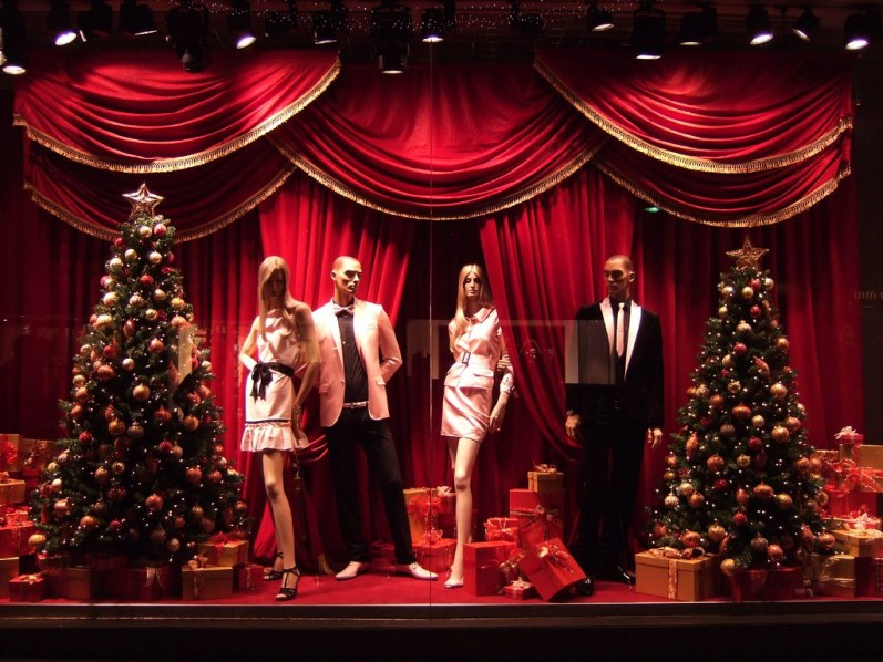 D&G christmas window