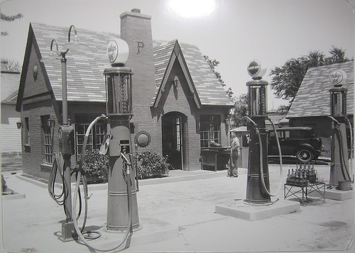 1920s Cottage Style Phillips 66 Service Station Tom