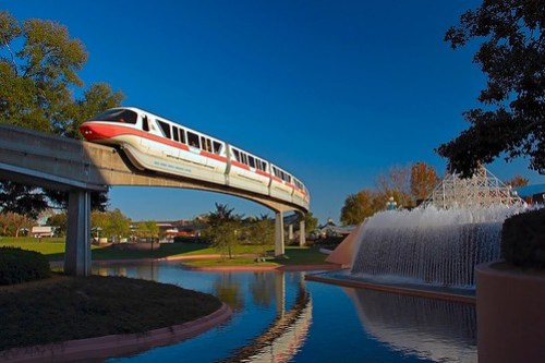 Disney - Monorail Coral Future World (Explored)