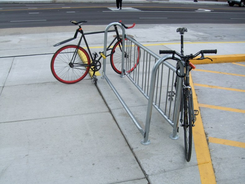 Bad bike parking at new Jewel