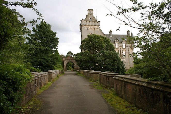 Overtoun House And Bridge