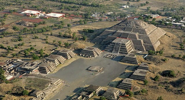 Recorriendo México Corre en Teotihuacan