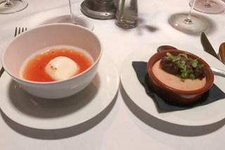 Tomatenessenz – Zwiebelküchle | Schönburger Palais