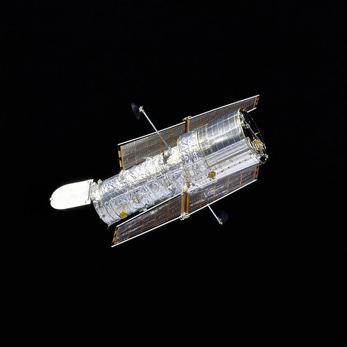 Hubble Redeployed After Second Servicing Orbiter