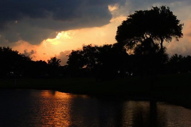 Storm rolling through Bradenton