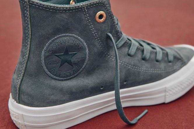 Chuck Taylor All Star II Craft Leather Hi in sharkskin,