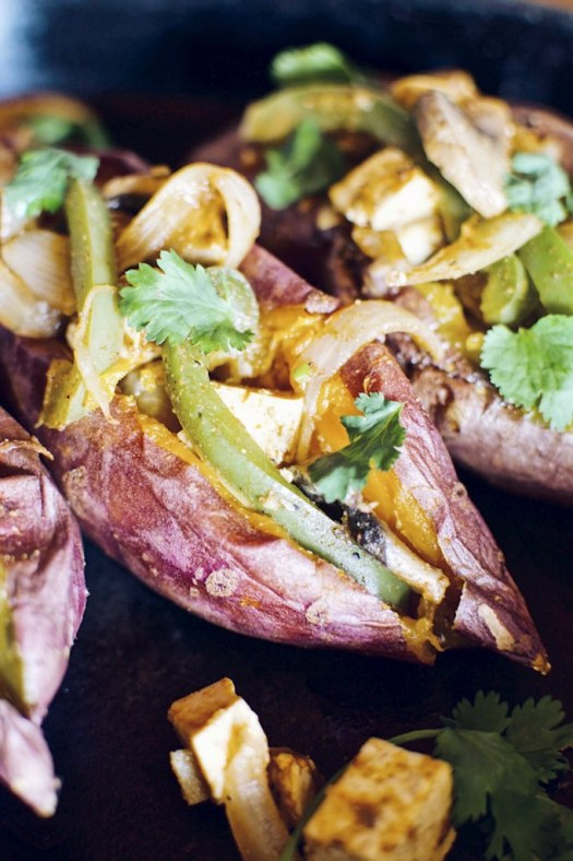 fajita stuffed sweet potatoes with cashew sour cream